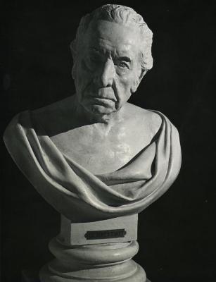 Bust (figure)