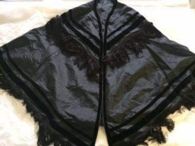capes (outerwear)