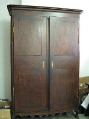 Wardrobe (case furniture)