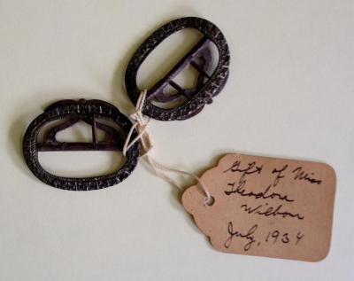 buckles (strap accessories)