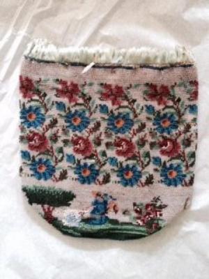 Purse (ladies accessory)