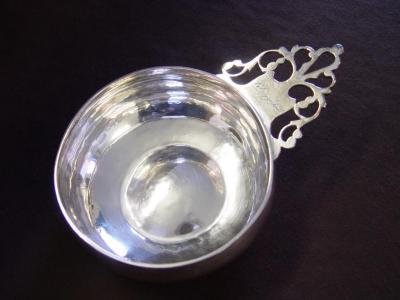 Porringer (dish)